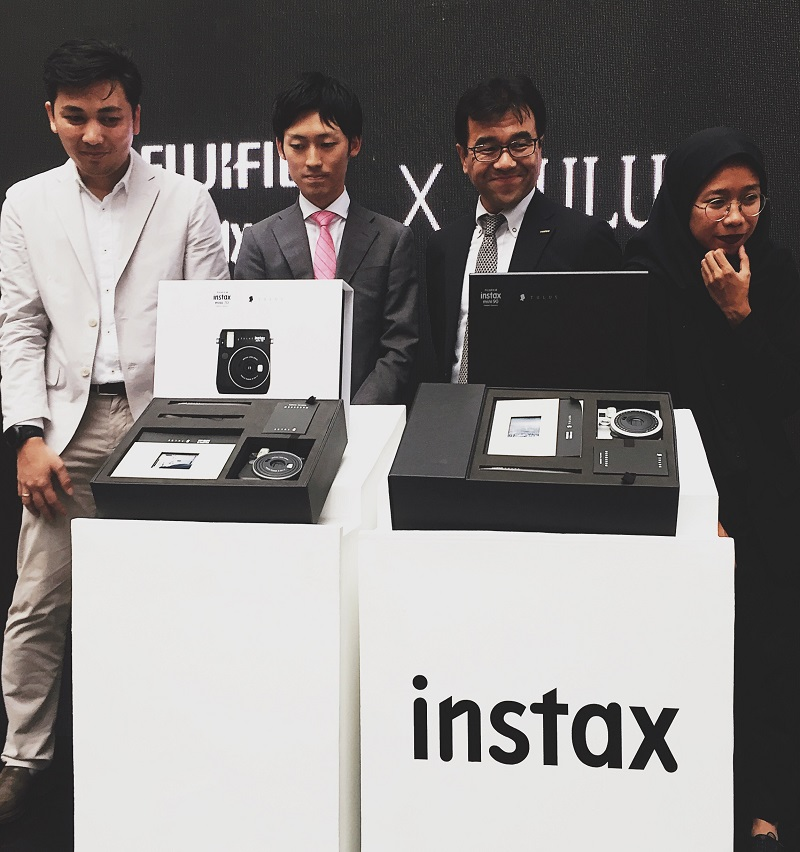 FujiFilm Rilis Generasi Terbaru Instax Share SP-3