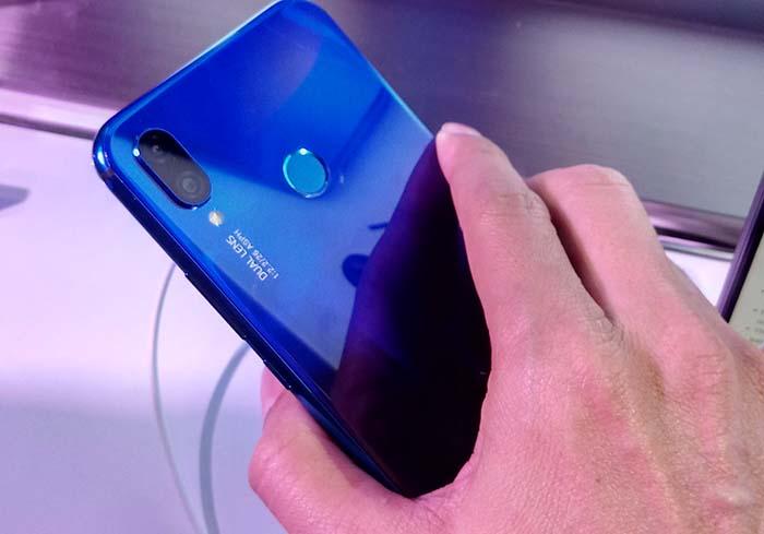 10 Alasan Bikin Kamu Ngebet Beli Huawei Nova 3i (3)