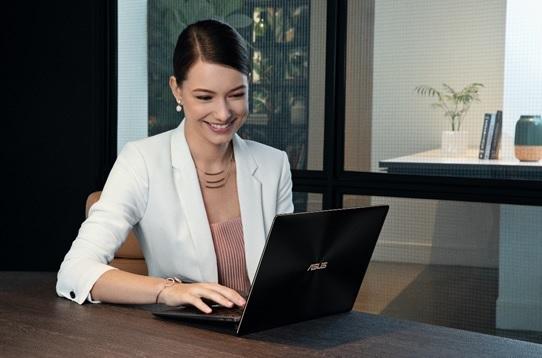 5 Keunggulan Laptop Mewah ErgoLift ASUS ZenBook S UX391UA