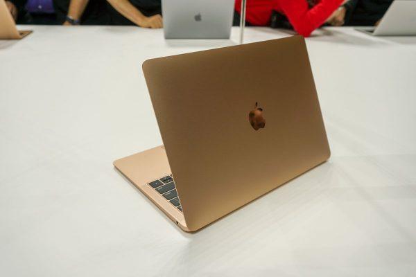 MacBook Air terbaru