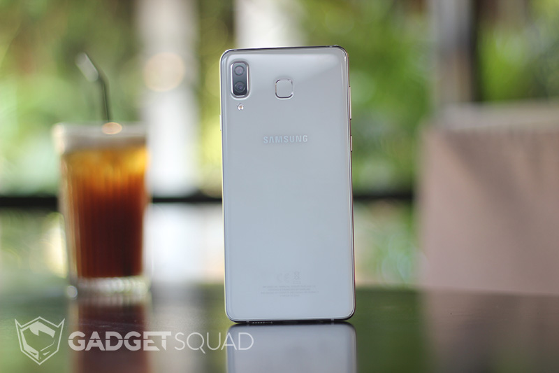 Samsung Galaxy A8 Star 6