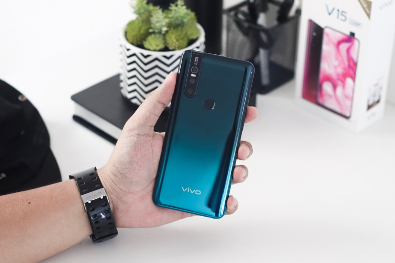 Review Vivo V15 - 32MP PopUp Camera (5)