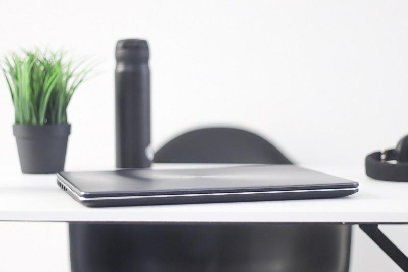 ASUS VivoBook X505ZA Laptop Murah, Cocok Untuk Para mahasiswa (13)