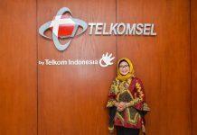 Direktur Utama Telkomsel - Emma Sri Martini - 1