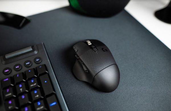 Wireless Mouse Gaming Logitech G604 LIGHTSPEED Punya baterai tahan lama (3)