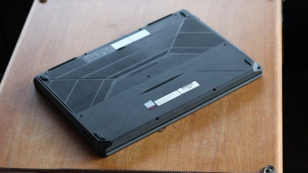 Dengan harga mencapai Rp14.299.000 saat peluncurannya, seperti apakah kemampuan laptop ini?