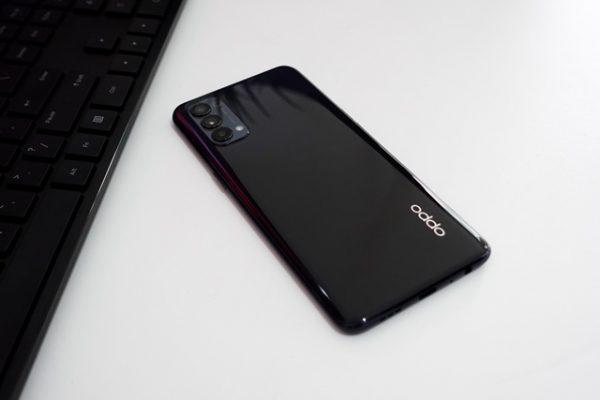 review OPPO Reno4 fitur lengkap kamera mantap