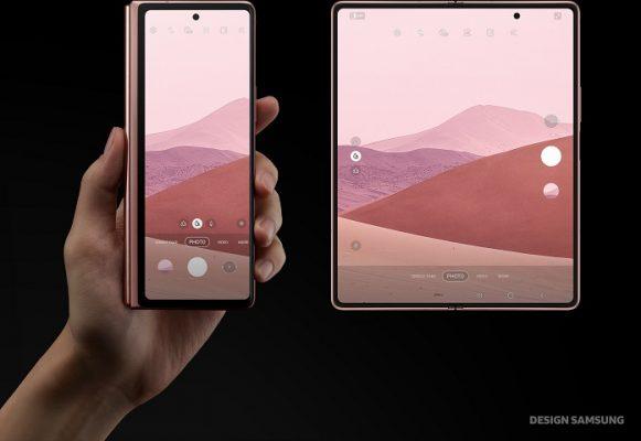 Samsung Galaxy Z Fold 2 (1)