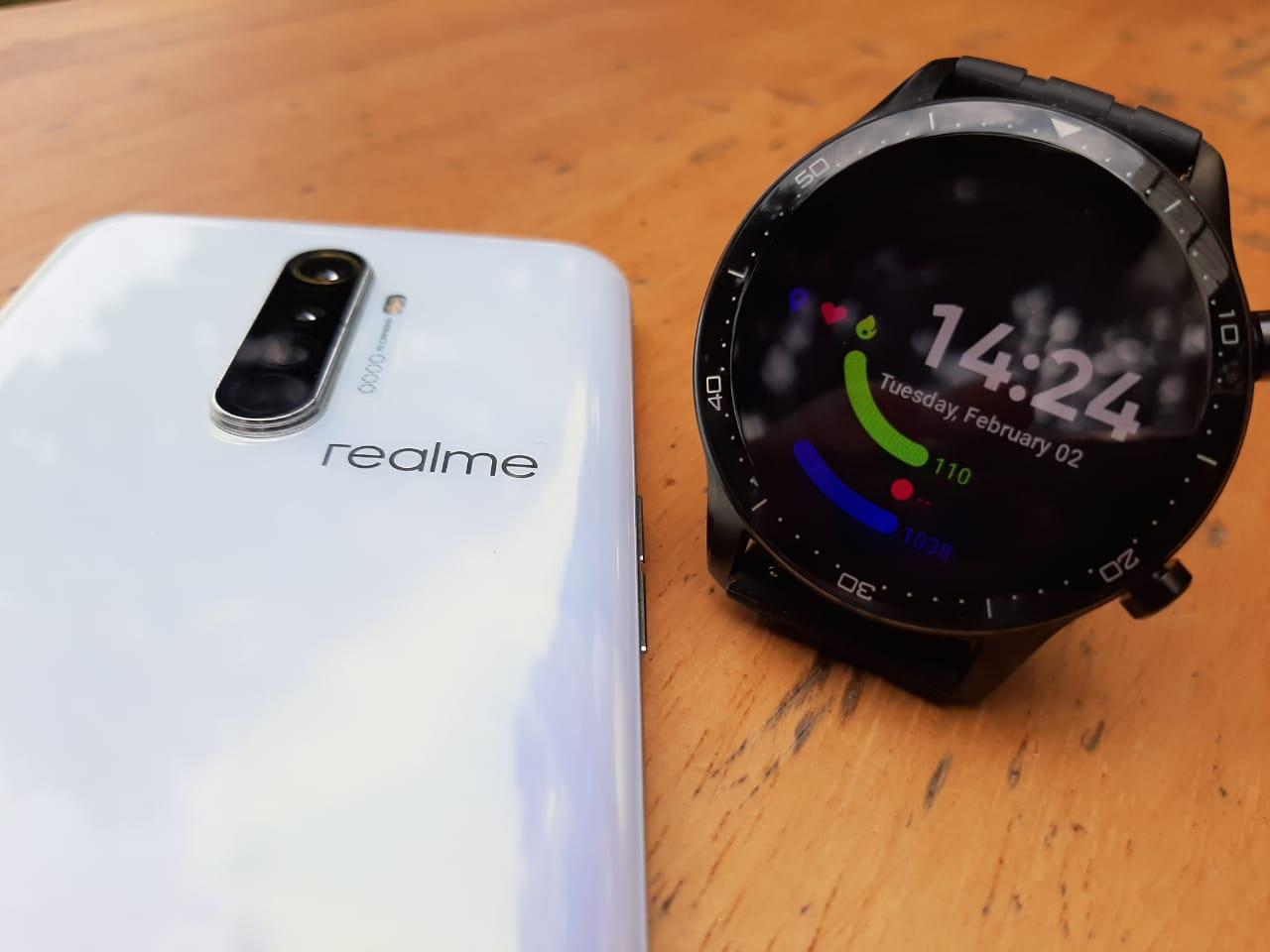 Review realme Watch S Pro : Smart Watch Kuda Hitam Fitur Mewah, Harga Ramah thumbnail