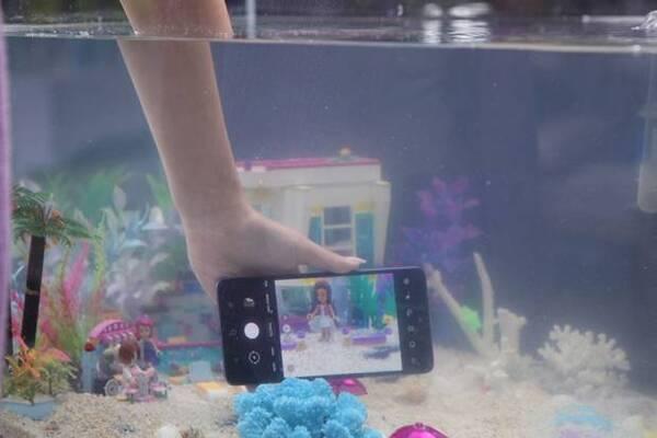 Samsung Galaxy A72 (2)